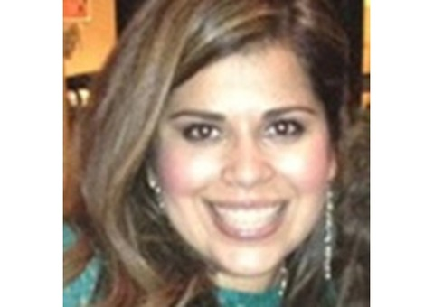 Lizzie Castro - Farmers Insurance Agent in Lakewood, CA