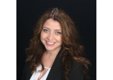 Claudia Marroquin - Farmers Insurance Agent in Palmdale, CA