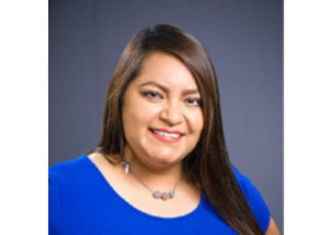 Yunuen Saavedra - Farmers Insurance Agent in Huntington Park, CA